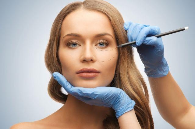 Косметология VS Хирургия: как стать красивее без пластических операций