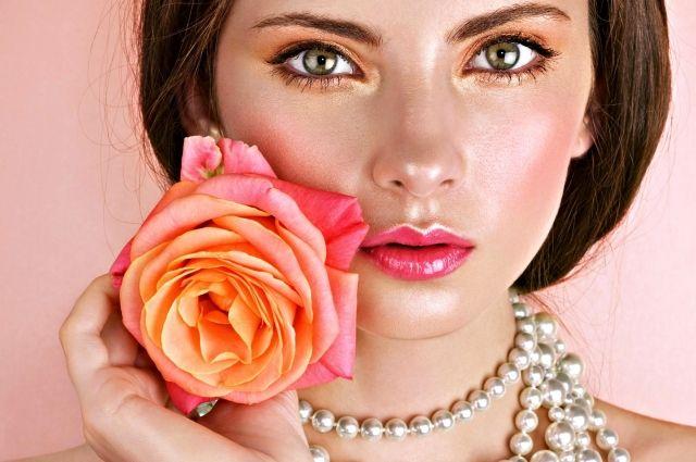 Береги красу смолоду: топ-5 продуктов, которые помогут сберечь молодость