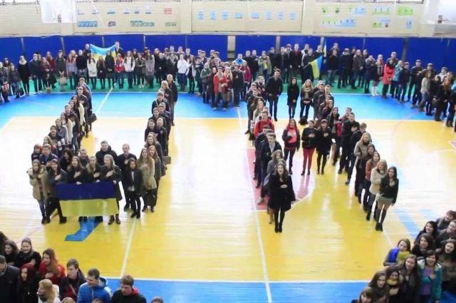 В Ивано-Франковской области дети будут петь гимн и молиться перед уроками
