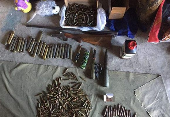 В Донецкой обл. в магазине штор производили боеприпасы