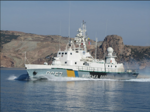 Конфликт в Черном море между украинскими пограничниками и российским боевым кораблем едва не перерос в бой