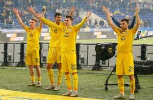 Слава Украине! «Сине-желтые» одолели сильную сборную Чехии и досрочно вышли в элиту европейского футбола — видео