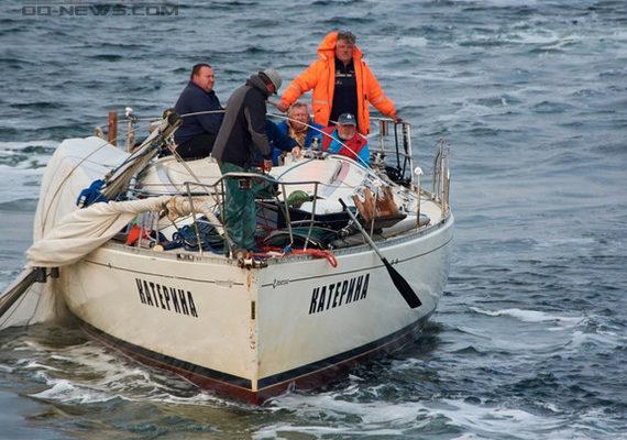 Под Одессой спасли экипаж яхты