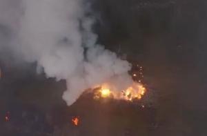 Ичня в огне: появились леденящие душу кадры взрывов на 6-м арсенале ВСУ, снятые дроном