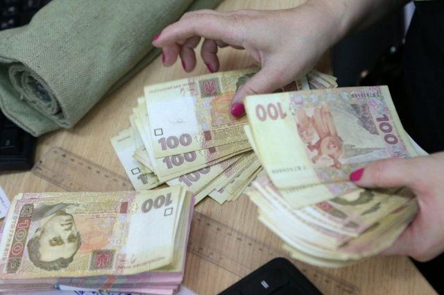 Венгрия доплачивает украинским учителям, — министр образования