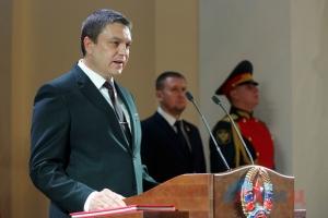 Луганск замер в ожидании: главарь «ЛНР» Пасечник готовит объявление об отставке и преемнике