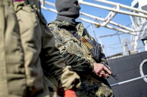 Под Луганском в казарме заживо сгорели 12 террористов — боевики в шоке и не могут поверить в случившееся
