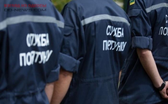 В Одессе спасатели поспешили на помощь выпавшему из окна человеку