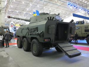Громить оккупантов на Донбассе: морпехи ВСУ получат супер-БТР с мощной пушкой — кадры