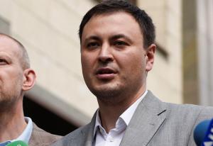 «Указ Зеленского о роспуске Рады нарушает Конституцию», — в суде привели непоровержимые доказательства