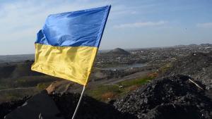 Флаг Украины возник прямо под носом у боевиков: террористы потеряли дар речи — видео