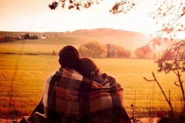 Полюс притяжения: три способа построить крепкий брак с разными характерами