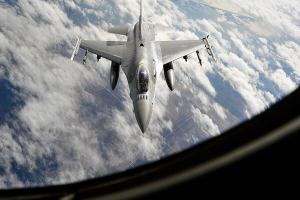 Истребитель НАТО заставил трястись Минобороны России: что произошло с самолетом Шойгу — видео