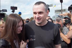 «У нас же есть Путин», — Сенцов срочно обратился к украинцам спустя неделю после обмена