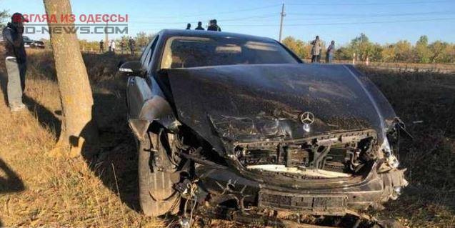В Одесской области произошло сокрушительное ДТП с дрифтующим авто