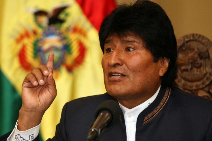 В Боливии переворот: президент Эво Моралес подал в отставку под давлением военных