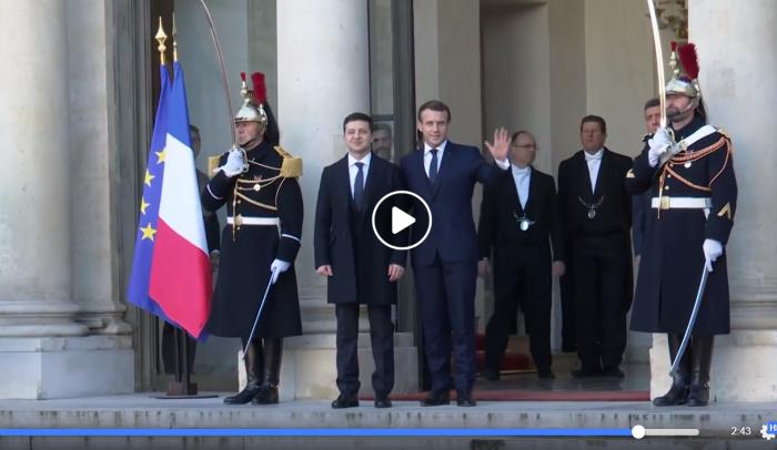 Российские журналисты «испортили» встречу Зеленского и Макрона в Париже: что произошло — видео