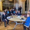 Зеленский не пожал руку Путину в Париже: видео первой встречи президента Украины и России
