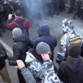 Крищенко о причине разгона протестующих: начали сверлить перфораторами асфальт