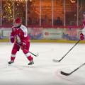 Видео, как 67-летний Путин в хоккей играл: «Скорость и сила игрока впечатлили мировых спортсменов»
