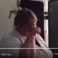 Врач в российской больнице расплакалась перед камерой: «Зарплата 11 тысяч, подушки в моче и крови»