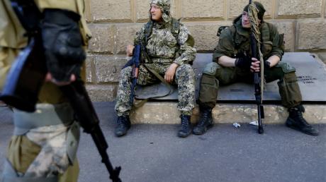 Пропагандисты Кремля в ОРДО раскрыли правду об обстрелах мирных кварталов: «Россия свозит на позиции алкоголиков»